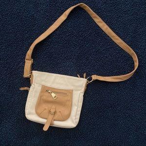 Steve Madden || cream and tan crossbody purse